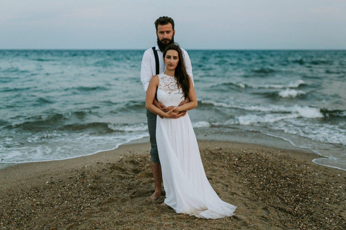 An alternative beach wedding party - LIGHTHOUSE PHOTOGRAPHY
