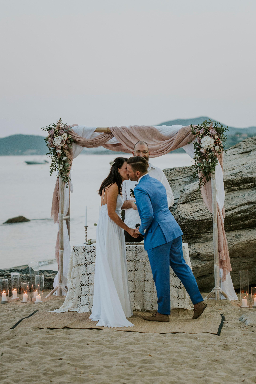 A Bohemian beach wedding in Greece - LIGHTHOUSE PHOTOGRAPHY